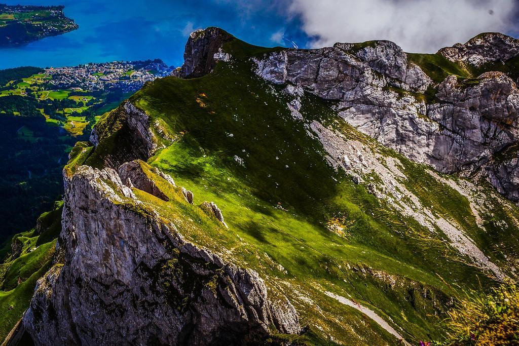 瑞士卢塞恩(Lucerne),山的语言_图1-23