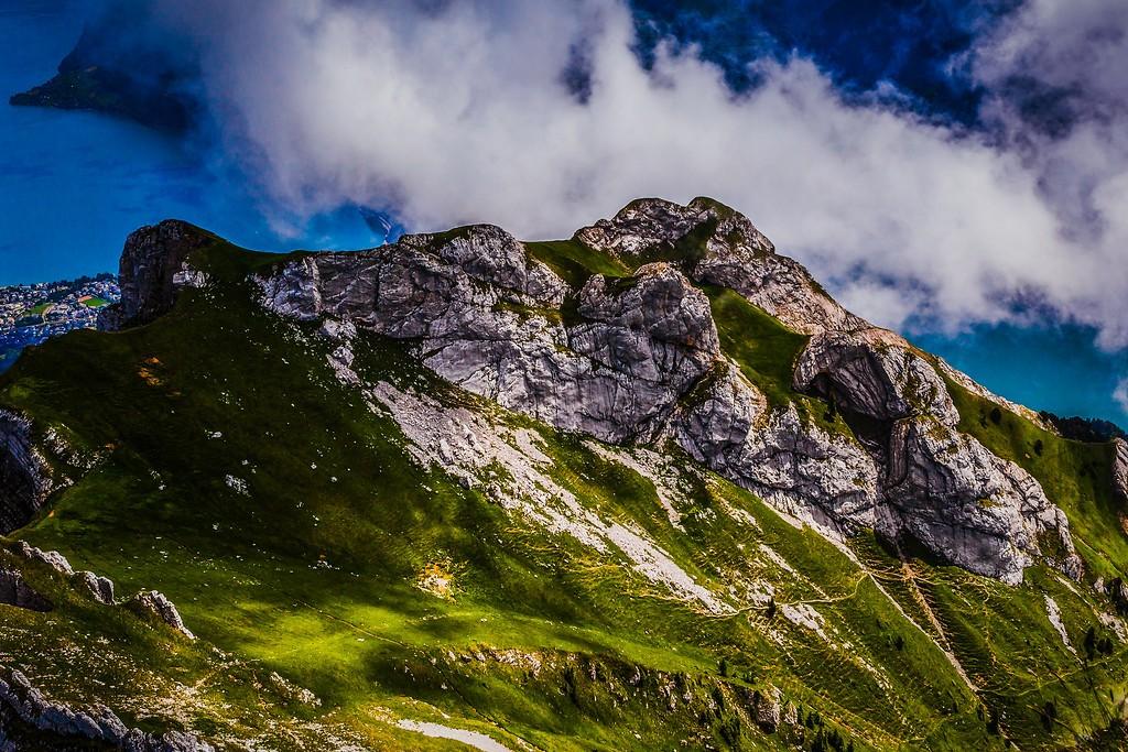 瑞士卢塞恩(Lucerne),山的语言_图1-25