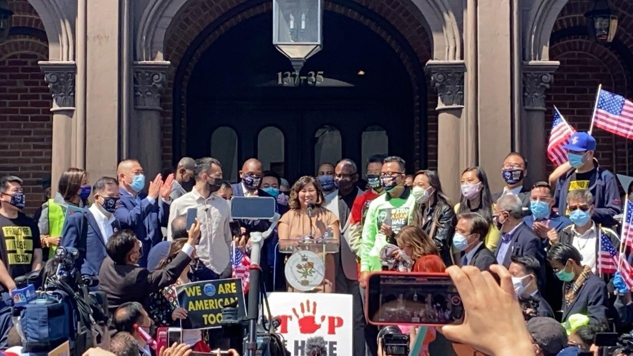 高娓娓:纽约法拉盛反对仇恨亚裔大游行现场实况_图1-1