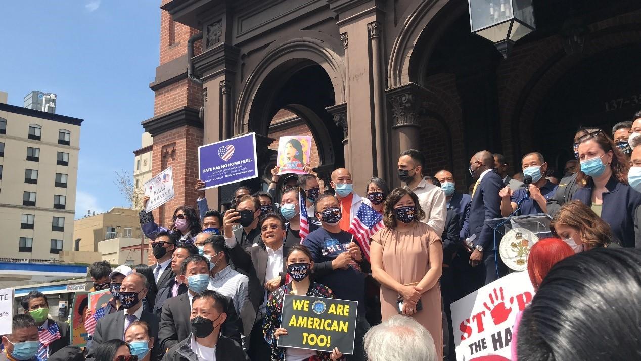 高娓娓:纽约法拉盛反对仇恨亚裔大游行现场实况_图1-2