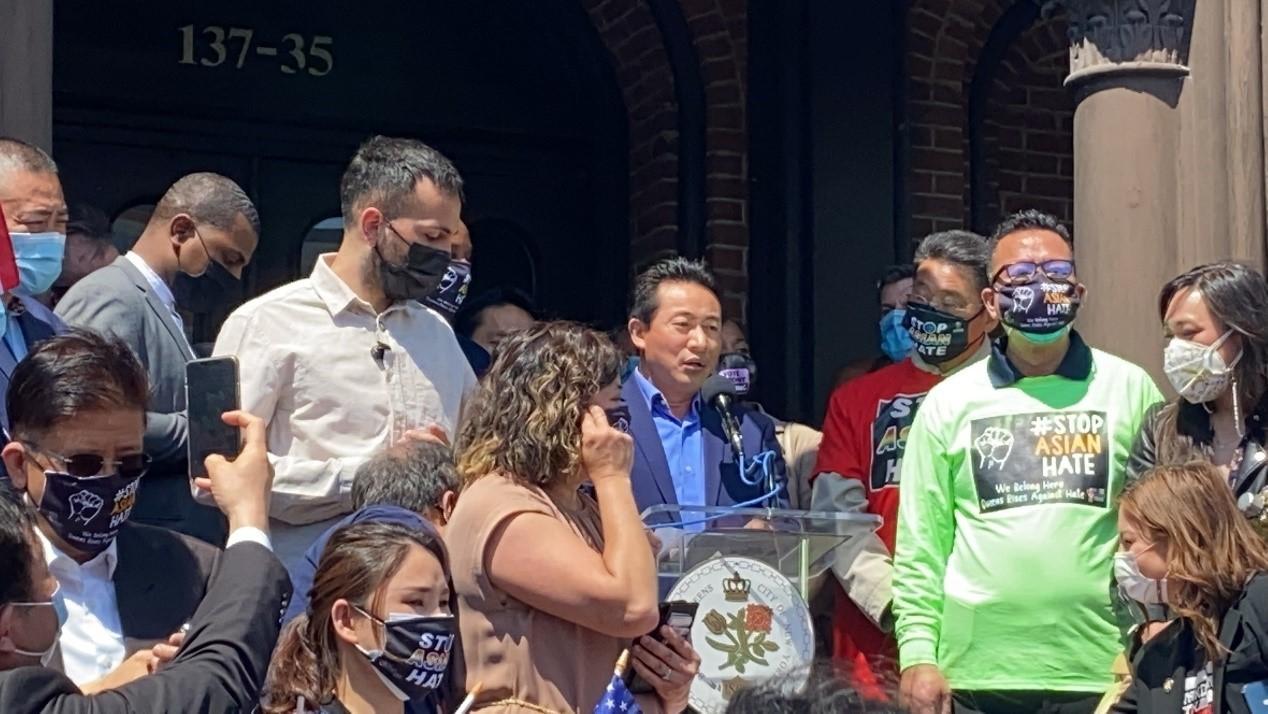 高娓娓:纽约法拉盛反对仇恨亚裔大游行现场实况_图1-14