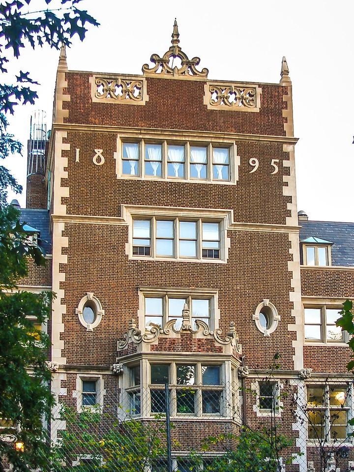 美国费城宾夕法尼亚大学,校园建筑_图1-3