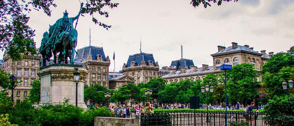 法国巴黎,旅游名城_图1-2