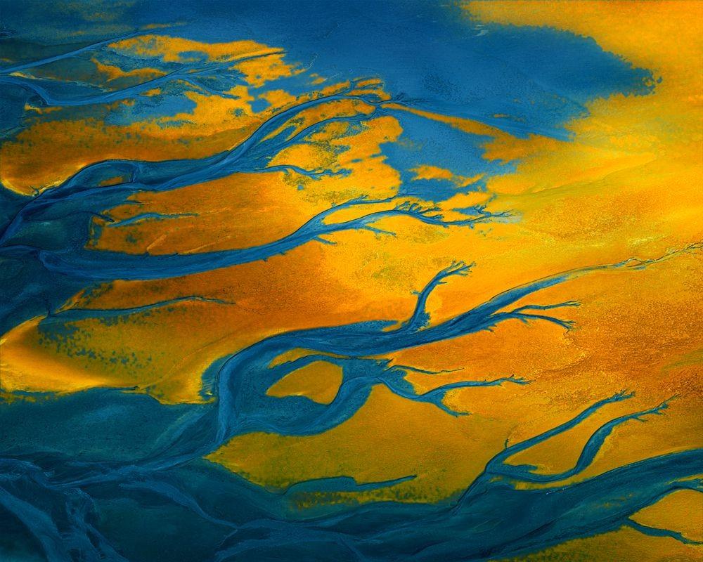纳米比亚干旱景观引人注目的航拍照片_图1-9