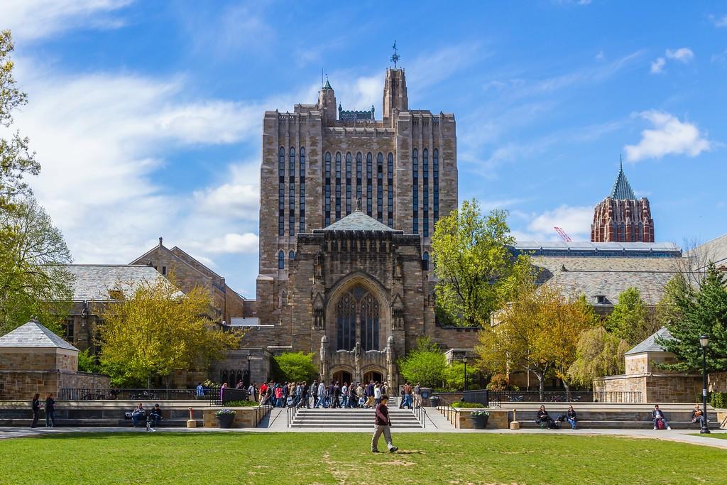 美国耶鲁大学,校园建筑_图1-13