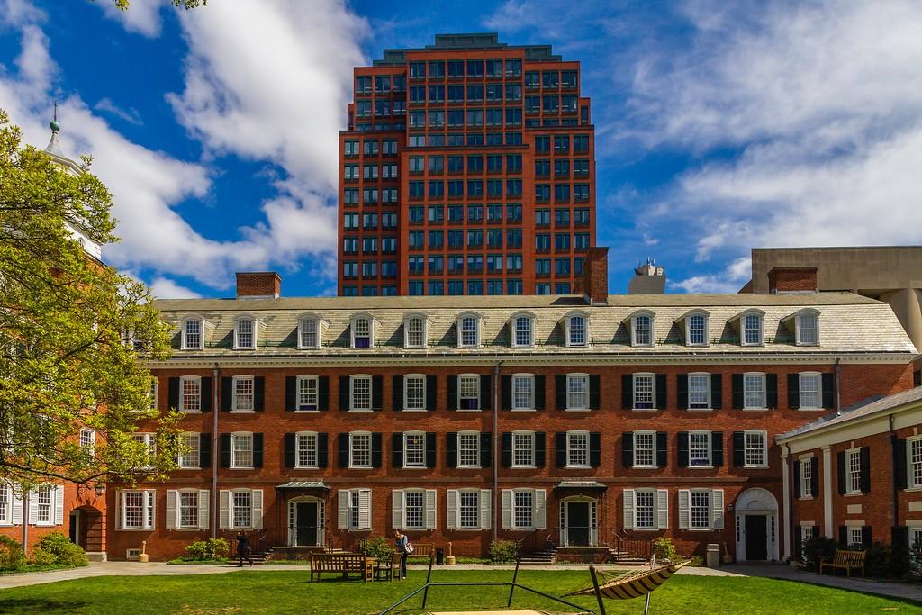 美国耶鲁大学,校园建筑_图1-8