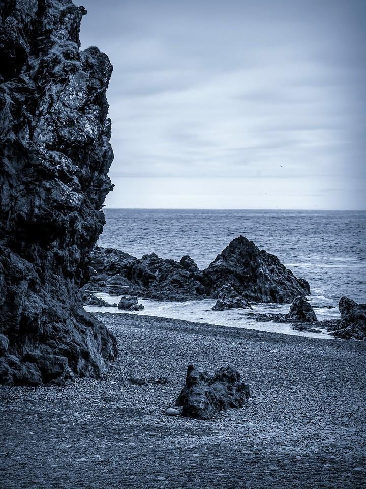 冰岛Djúpalónssandur沙滩,远近礁石_图1-7