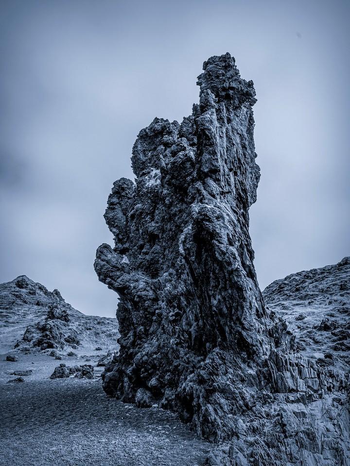冰岛Djúpalónssandur沙滩,远近礁石_图1-4