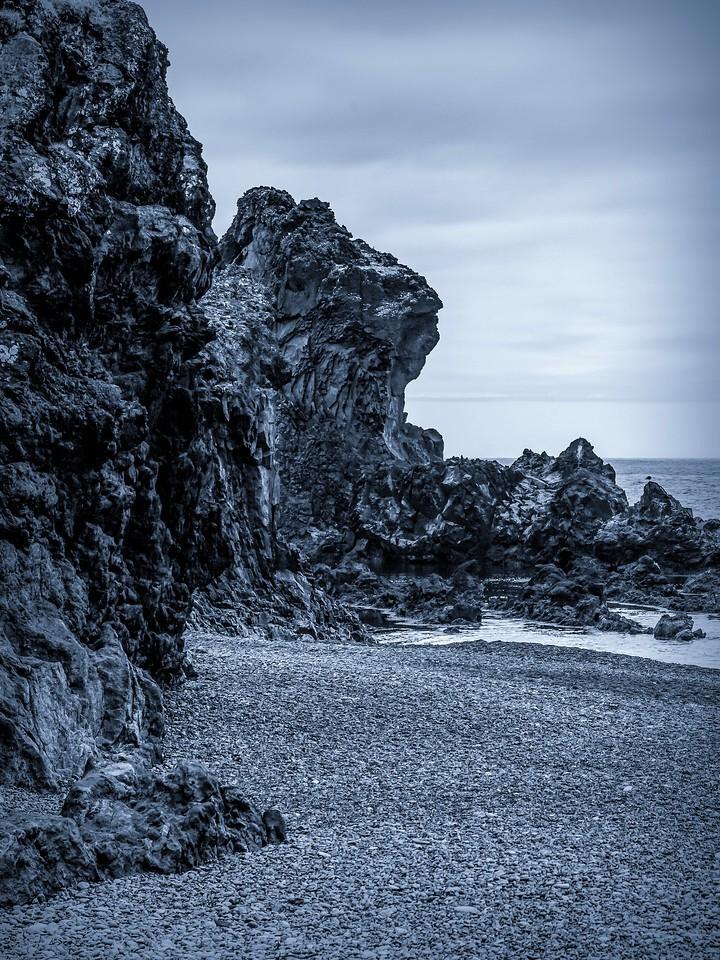 冰岛Djúpalónssandur沙滩,远近礁石_图1-9