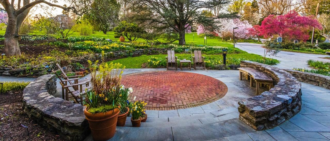 滨州斯沃斯莫尔学院(Swarthmore College),校园里花园_图1-1