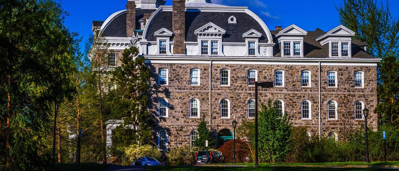 滨州斯沃斯莫尔学院(Swarthmore College),校园里花园_图1-15