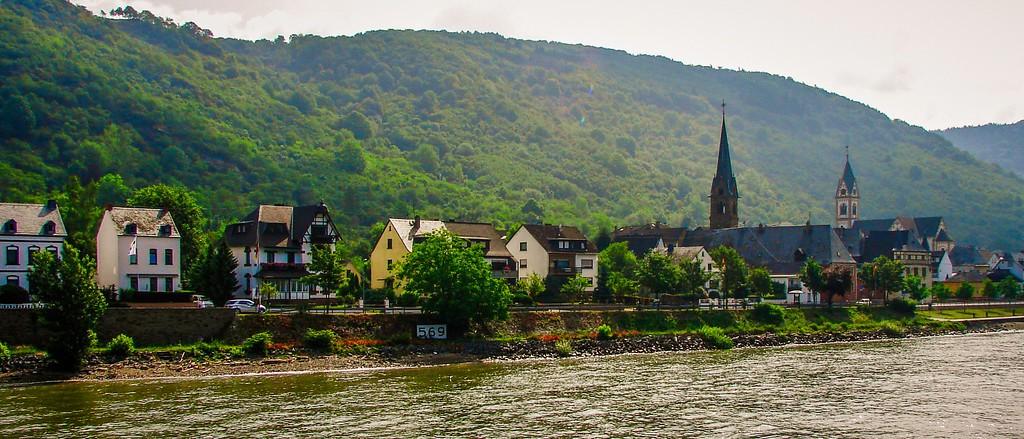 游莱茵河,两岸小镇_图1-3