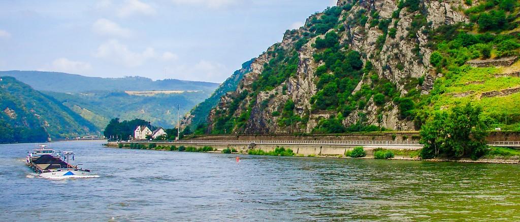 游莱茵河,两岸小镇_图1-4