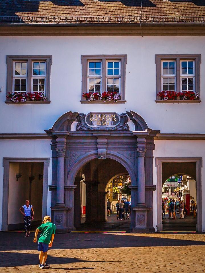 德国马克思城堡(Marksburg castle),路边雕塑_图1-11