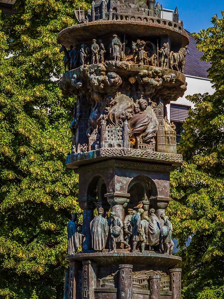 德国马克思城堡(Marksburg castle),路边雕塑_图1-9