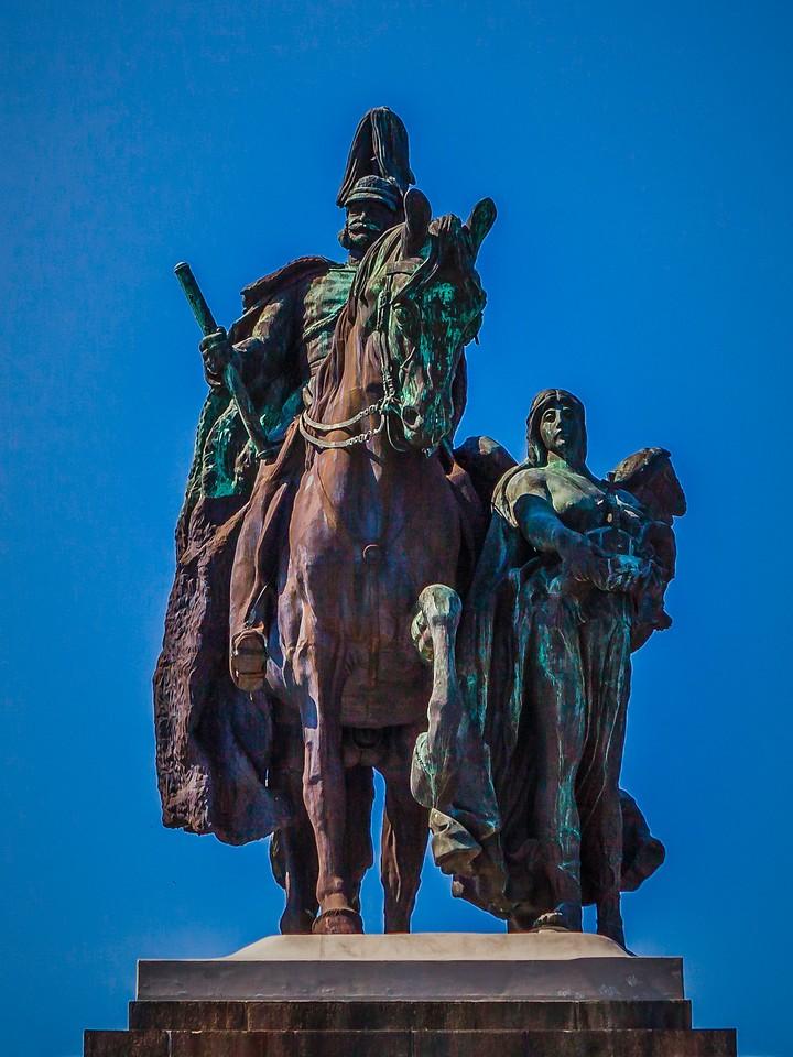 德国马克思城堡(Marksburg castle),路边雕塑_图1-2