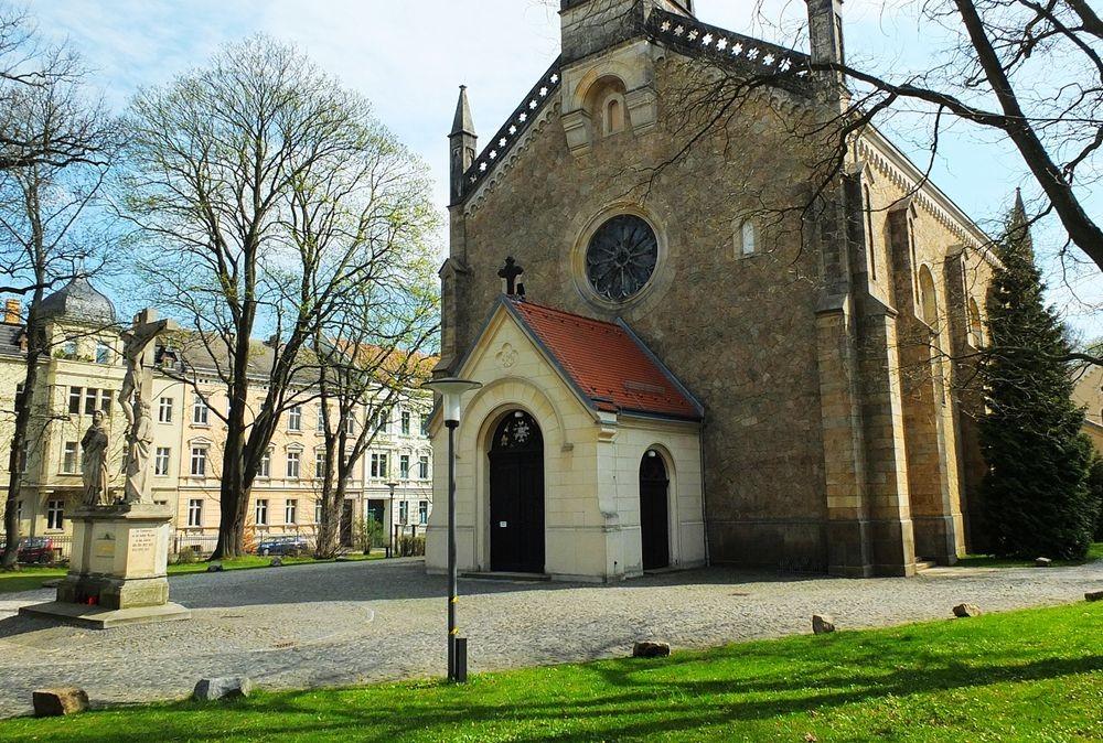 格尔利茨教堂_图1-5