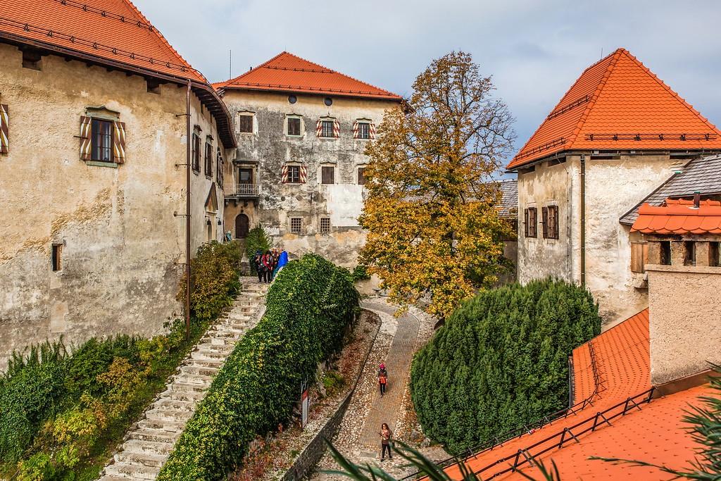斯洛文尼亚布莱德城堡,一砖一瓦_图1-3