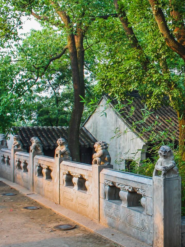 苏州虎丘塔,2500多年历史_图1-2