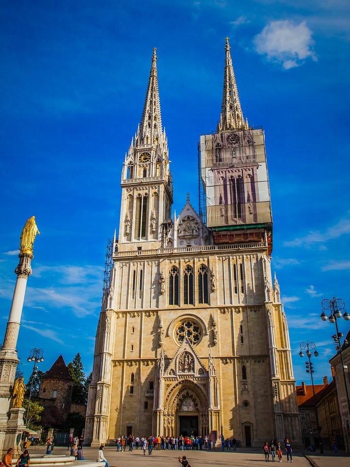 克罗地亚首都萨格勒布(Zagreb),萨格勒布主教座堂_图1-4