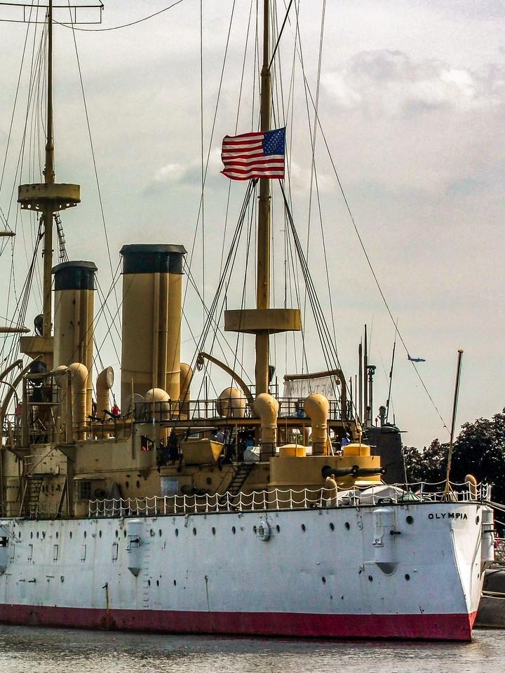 费城Penn's Landing,岸边军舰_图1-12