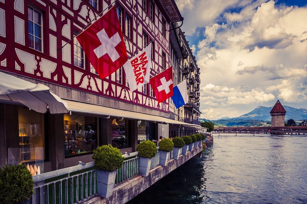 瑞士卢塞恩(Lucerne),街头雕塑_图1-15