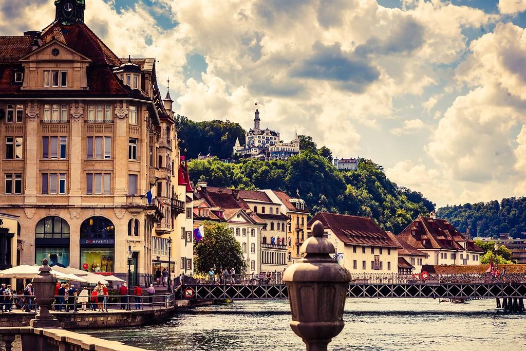 瑞士卢塞恩(Lucerne),街头雕塑_图1-14