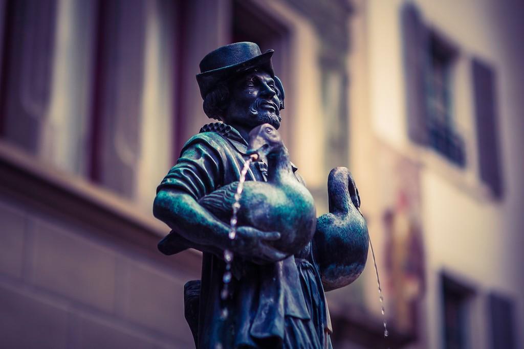 瑞士卢塞恩(Lucerne),街头雕塑_图1-13