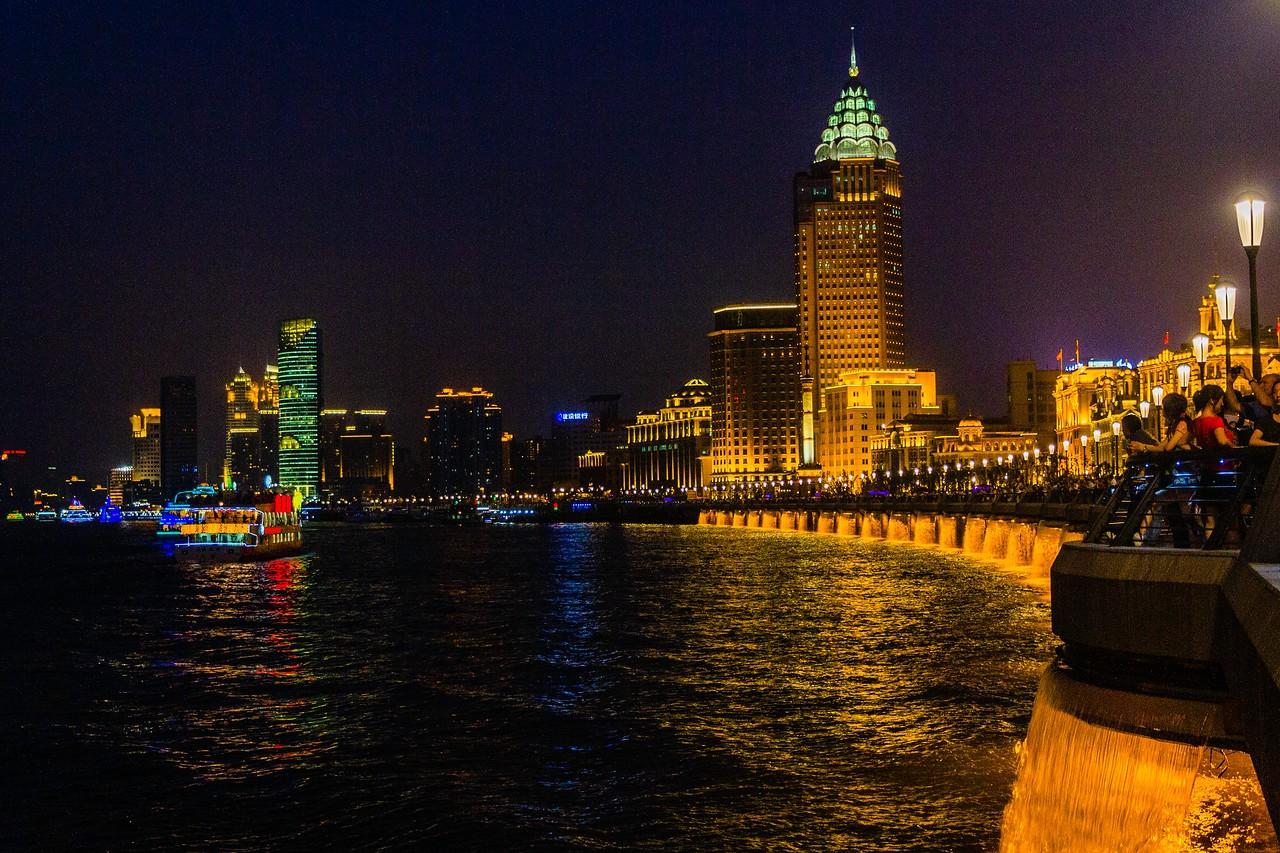 上海外滩,夜幕降临_图1-5