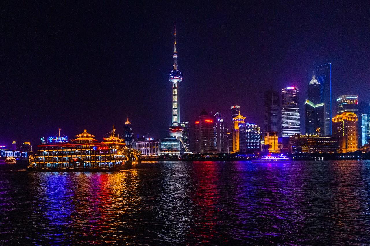 上海外滩,夜幕降临_图1-8