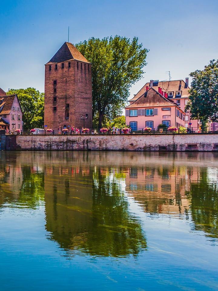 法国斯特拉斯堡(Strasbourg),城市融合_图1-1