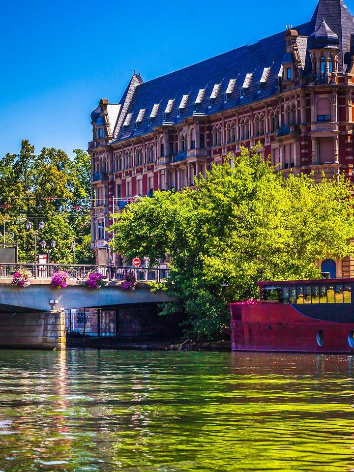 法国斯特拉斯堡(Strasbourg),城市融合_图1-9
