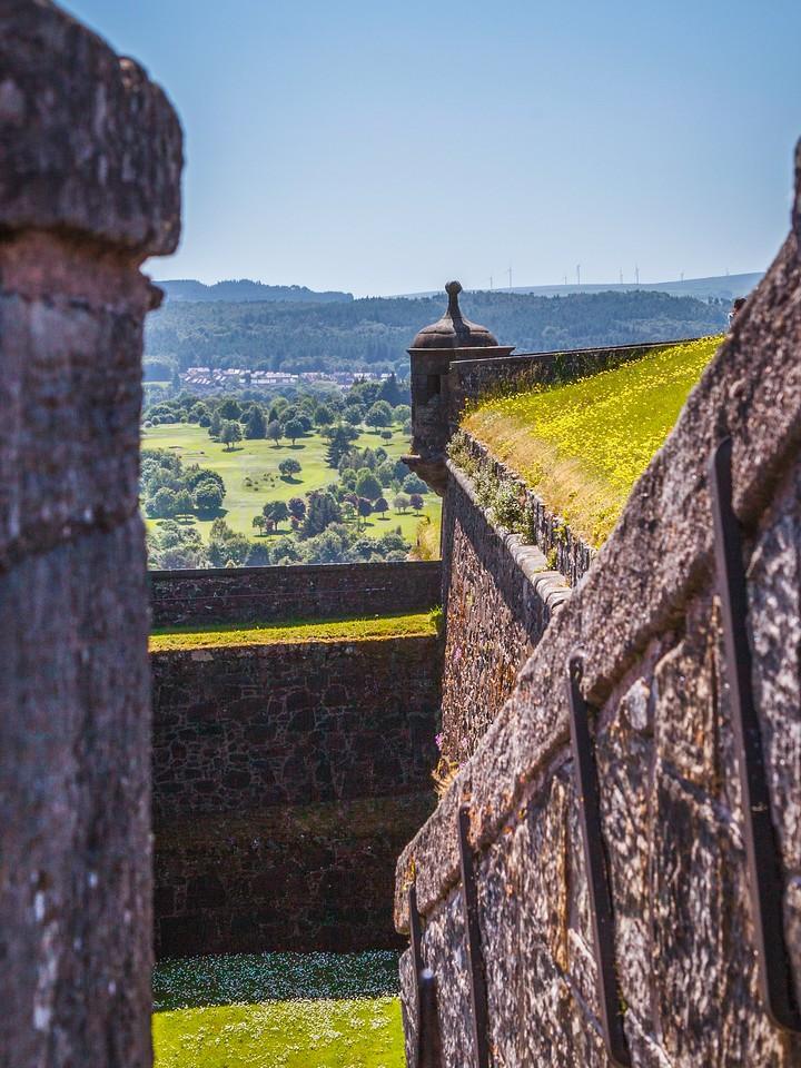 苏格兰斯特灵城堡,城外的世界_图1-9
