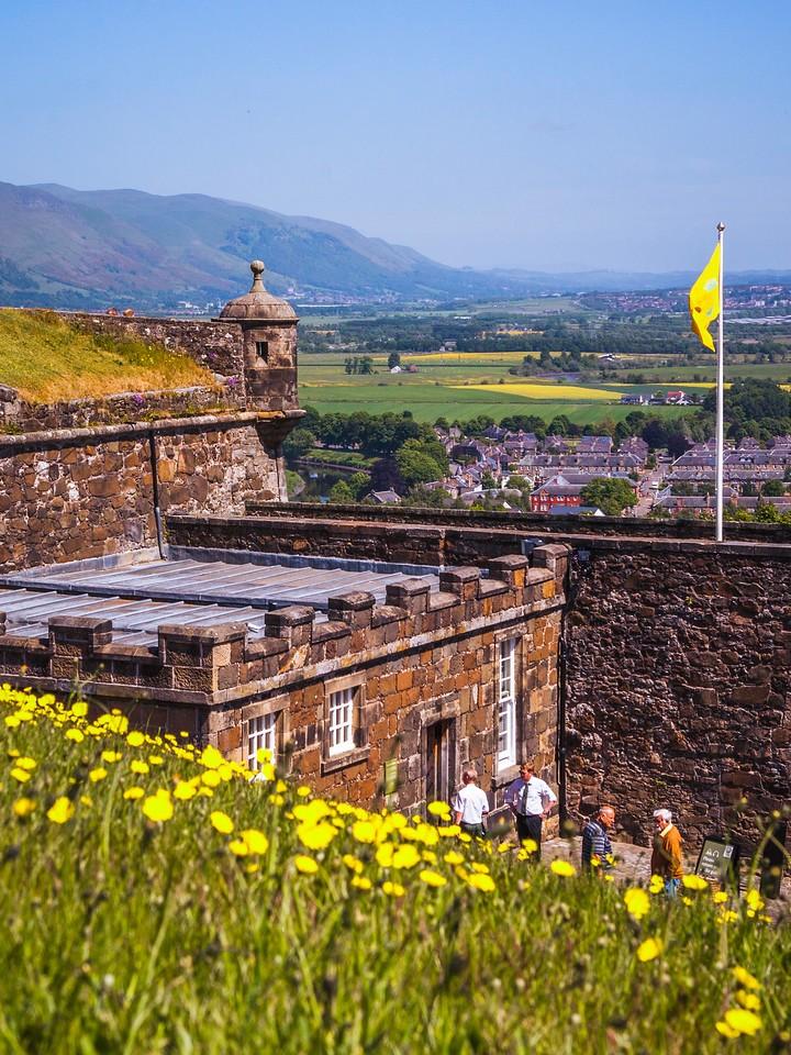 苏格兰斯特灵城堡,城外的世界_图1-4