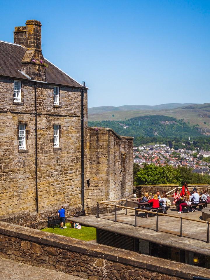 苏格兰斯特灵城堡,城外的世界_图1-5