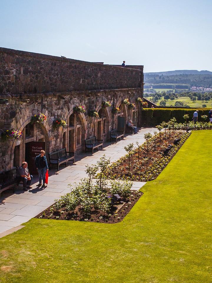 苏格兰斯特灵城堡,城外的世界_图1-3