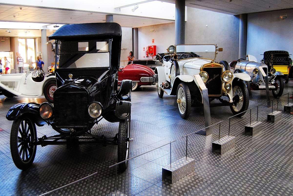 萨拉曼卡汽车历史博物馆_图1-17