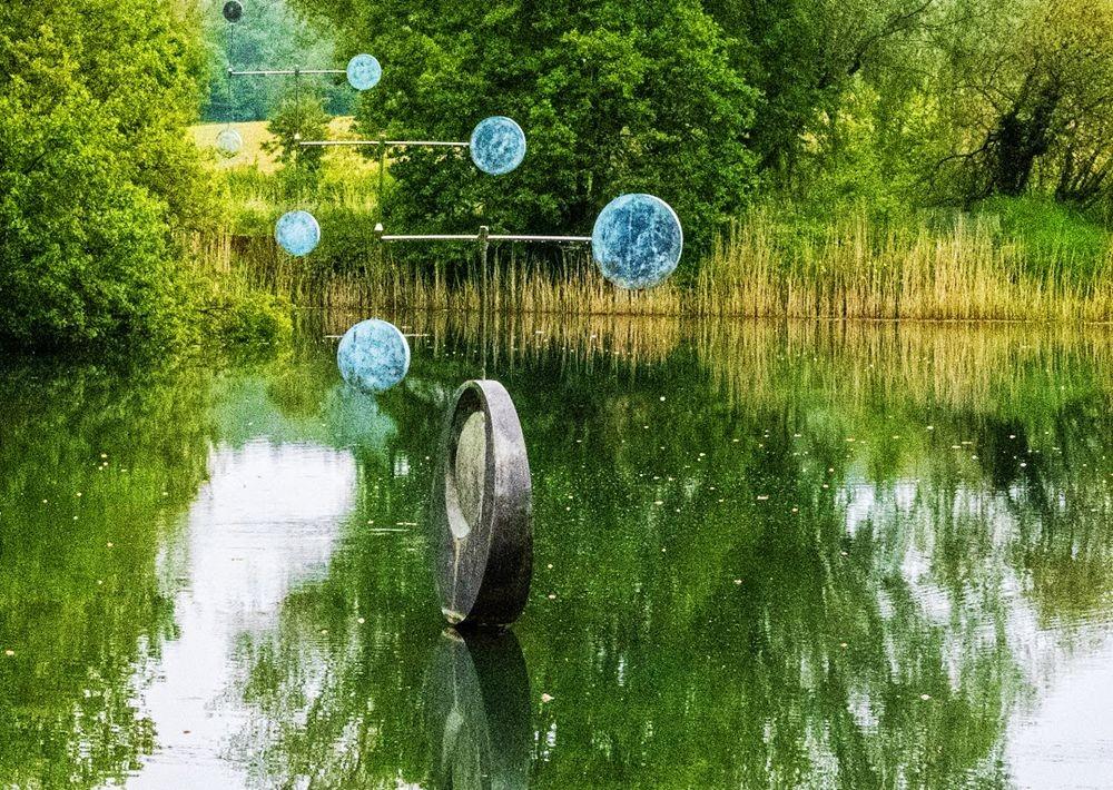 多塞特湖边的雕塑_图1-26