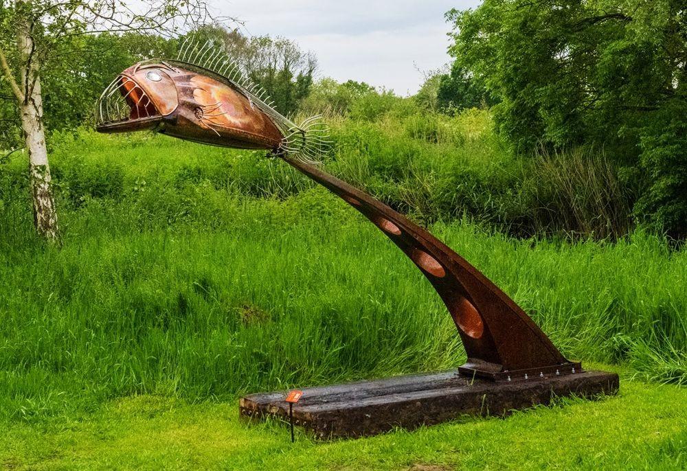 多塞特湖边的雕塑_图1-27