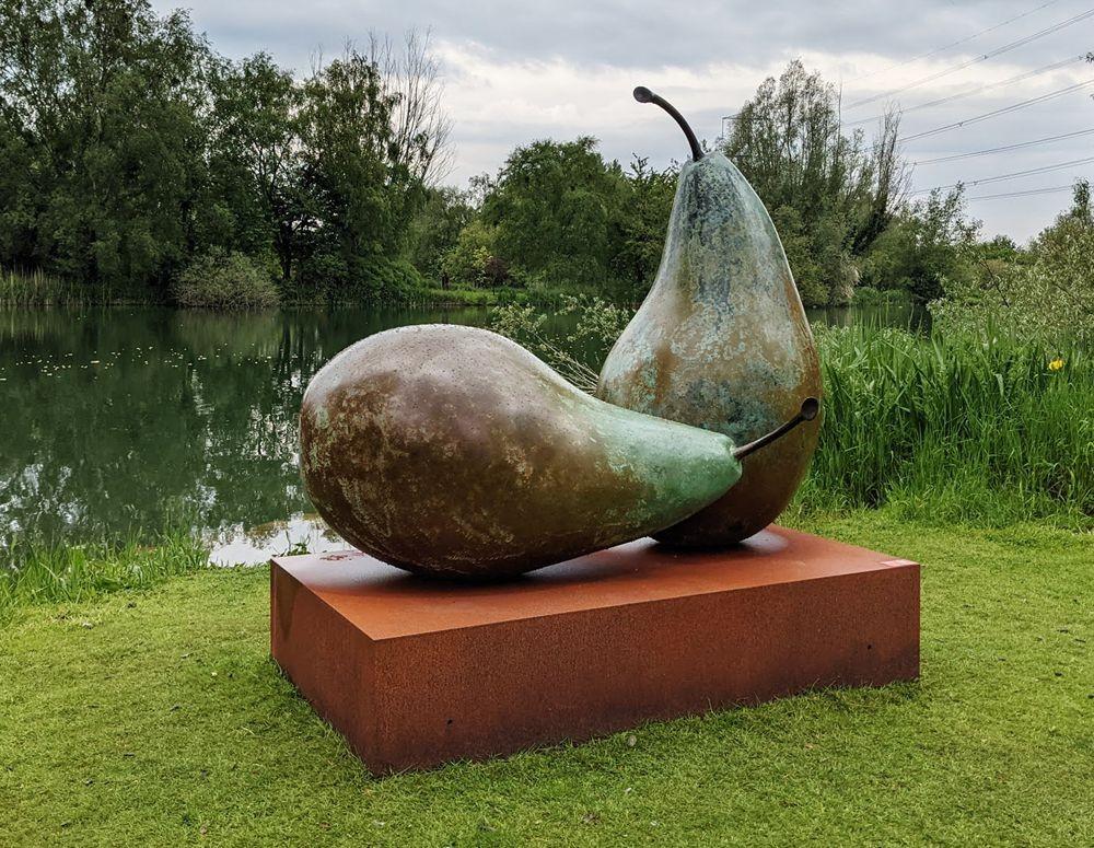 多塞特湖边的雕塑_图1-35