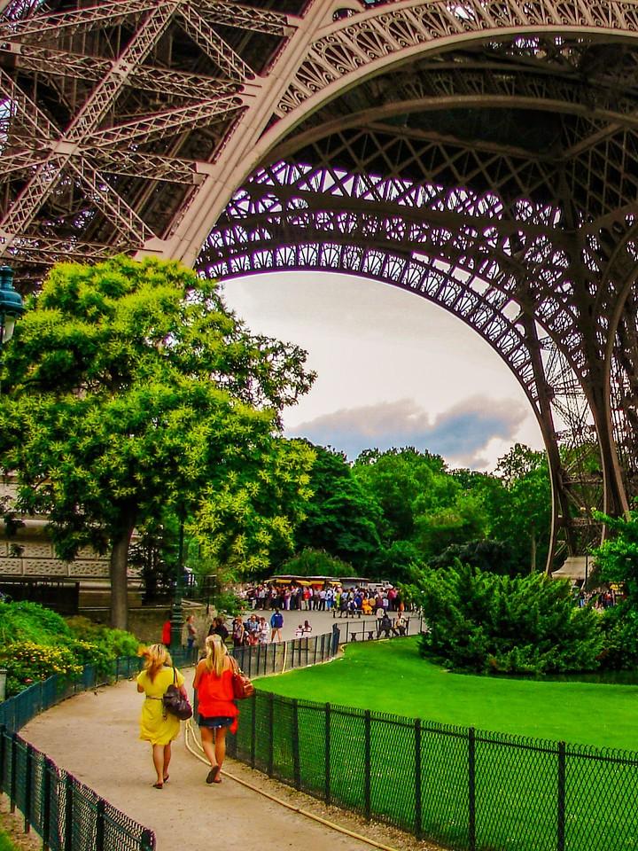 法国巴黎,铁塔地标_图1-8