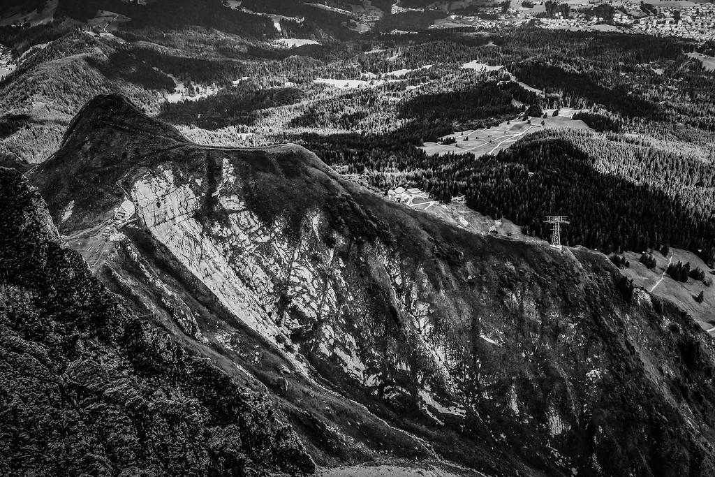 瑞士卢塞恩(Lucerne),俯瞰山峦_图1-8