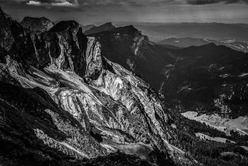 瑞士卢塞恩(Lucerne),俯瞰山峦_图1-3