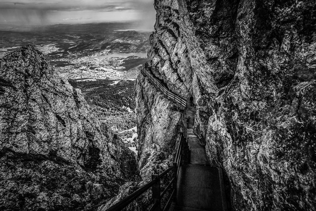 瑞士卢塞恩(Lucerne),俯瞰山峦_图1-1