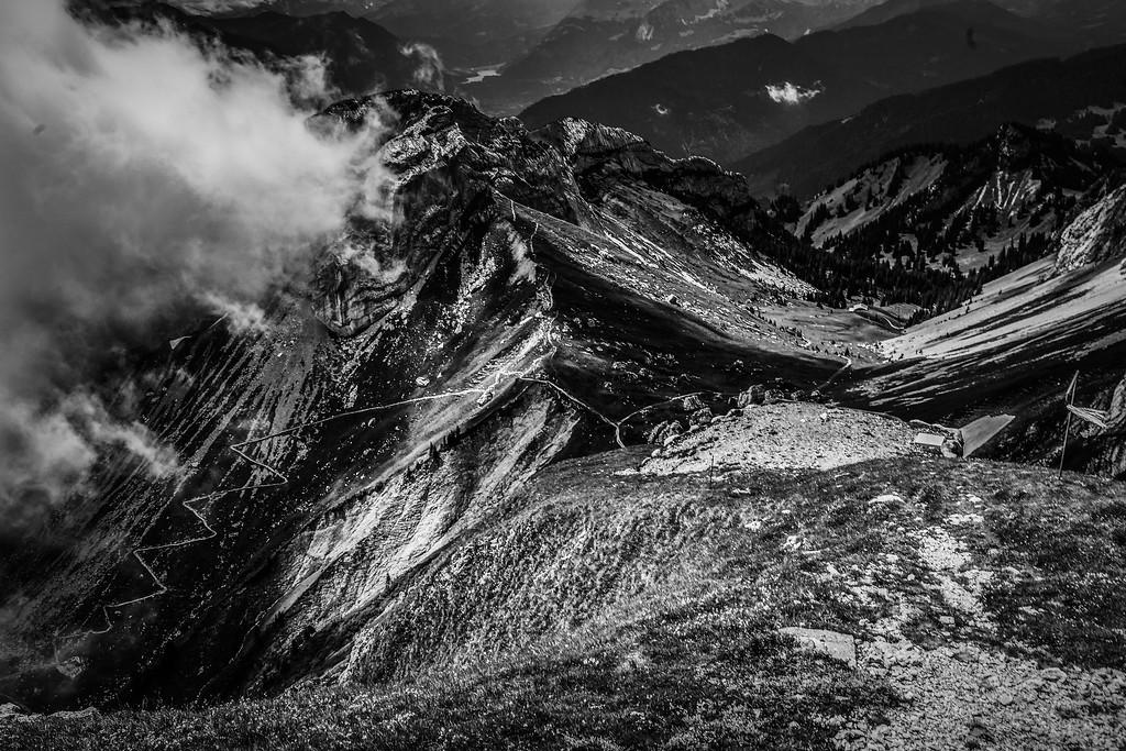 瑞士卢塞恩(Lucerne),俯瞰山峦_图1-20