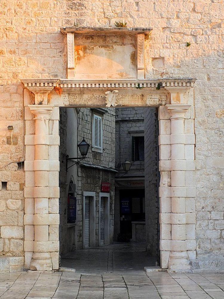 历史名城特罗吉尔_图1-17