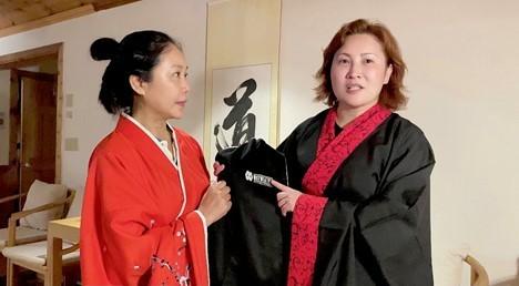 高娓娓:华人在美国被歧视针对,学武自保?地铁打跑恶霸的女柔道冠军收徒了! ..._图1-16