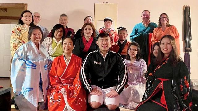 高娓娓:华人在美国被歧视针对,学武自保?地铁打跑恶霸的女柔道冠军收徒了! ..._图1-20