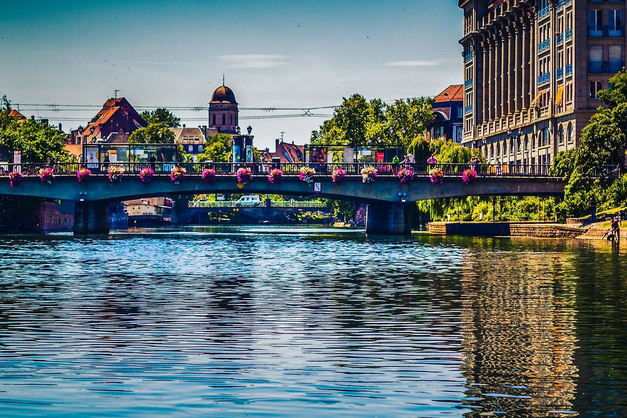 法国斯特拉斯堡(Strasbourg),城市荟萃_图1-9