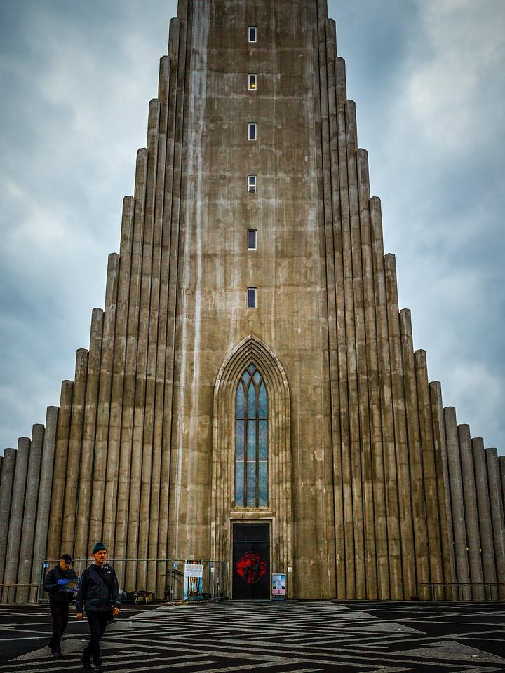 冰岛Hallgrimskirkja教堂,城市一景_图1-2